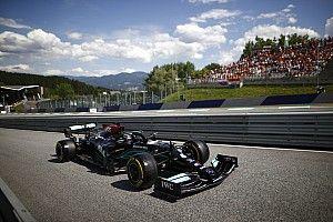 Hamilton csak negyedik, és könnyű Verstappen-győzelmet jósol