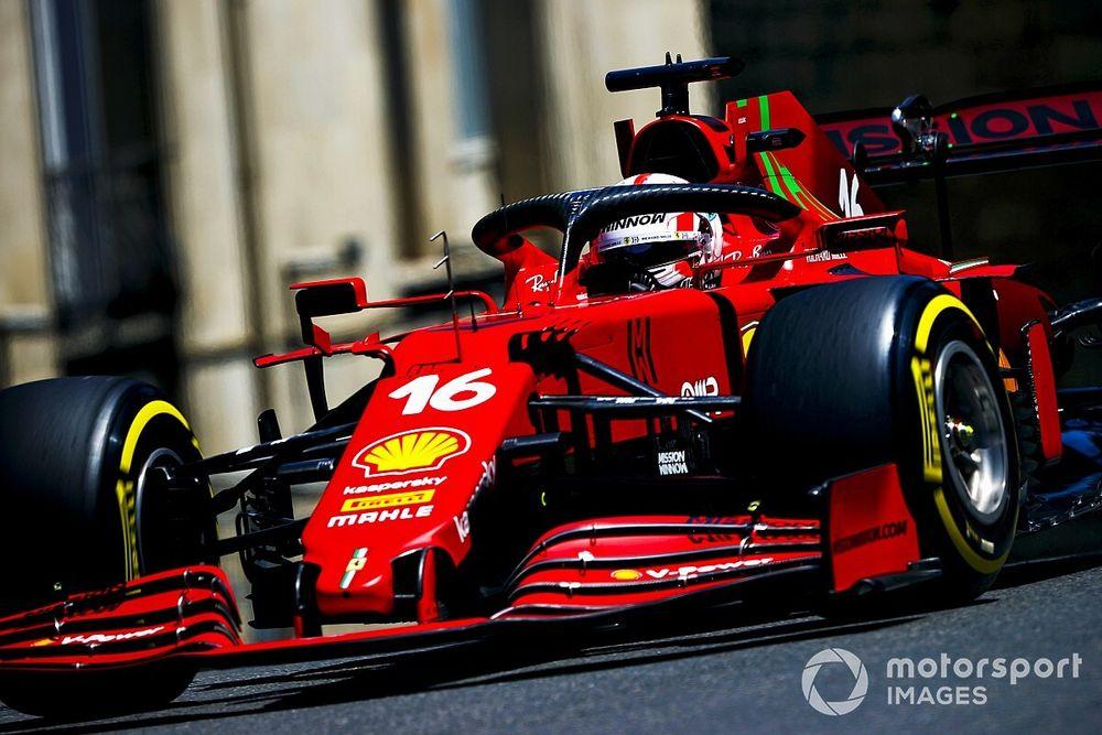 Óriási: Bakuban is Leclerc-é a pole, öten is összetörték az autójukat!