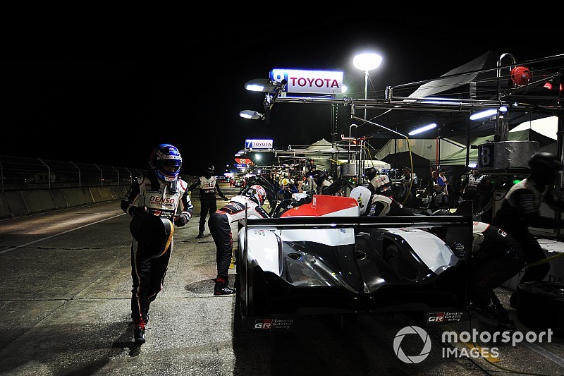 Alonso, MCL34'ü ilk kez Bahreyn testinde sürebilir