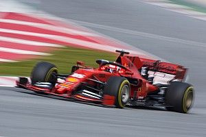 "Hamilton: Ferrari looks ""very, very strong"" right now"