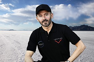 Biaggi in electric bike speed record attempt