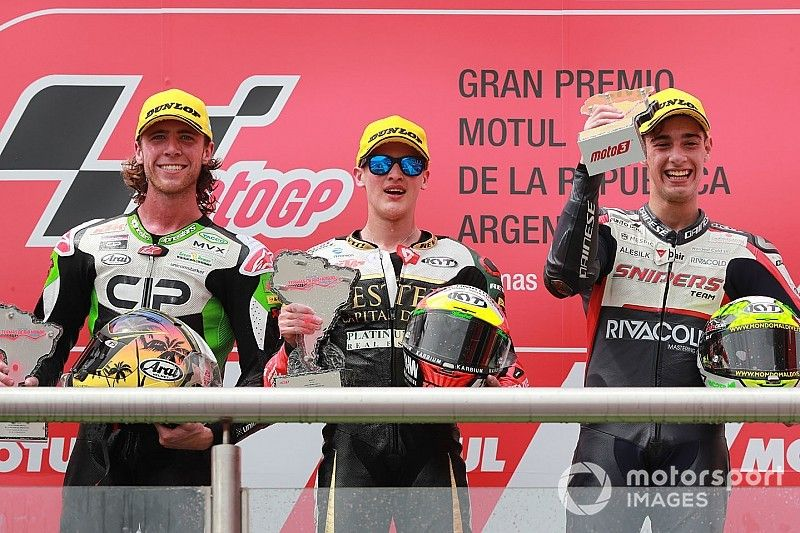 Argentina Moto3: Masia goes fifth-to-first on final lap