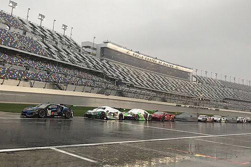 Rolex 24: La lluvia frena la carrera en Daytona