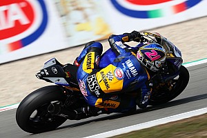 Supersport, Assen, Libere 1-2: Krummenacher domina davanti a Caricasulo