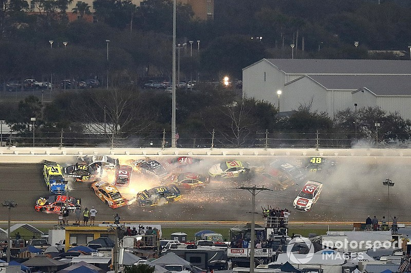 """Heartbreaking"" wreck ends DiBenedetto's ""amazing"" Daytona 500"