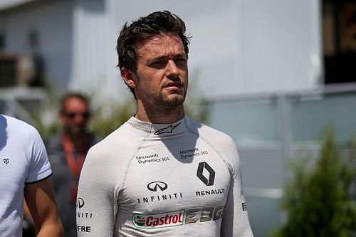 """Renault warns Palmer he """"has to deliver"""" soon"""