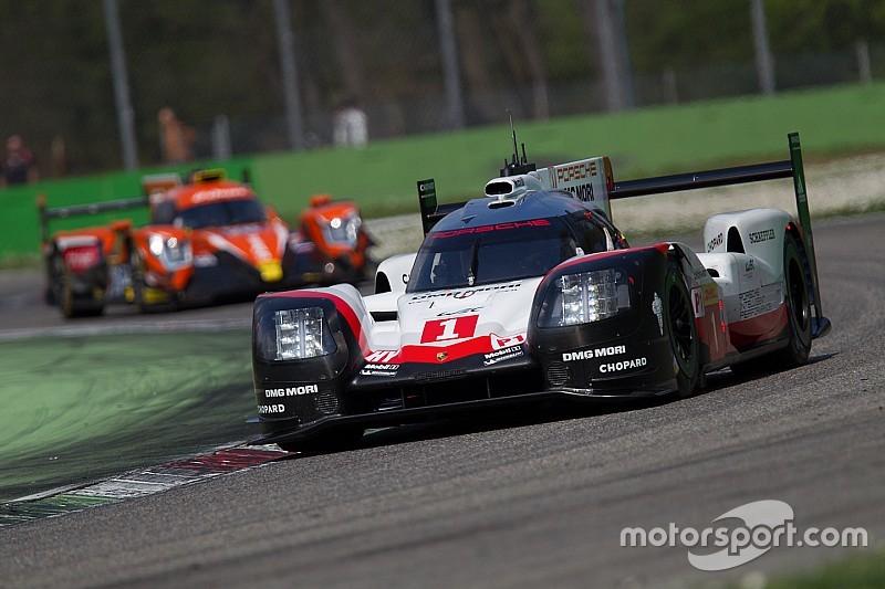 Fotogallery: le vetture del FIA WEC in pista a Monza per il prologo