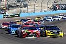 NASCAR Cup Авария Логано помешала Кайлу Бушу выиграть в Финиксе