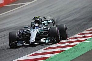 سائقا مرسيدس: لا جدوى من محاولة إبطاء فيتيل في سباق النمسا