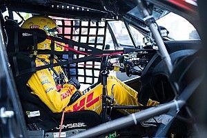WTCC Vila Real: Michelisz snelste in eerste training, Coronel crasht tegen brandweerwagen