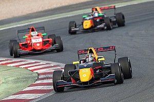 FR 2.0 Hungaroring: Verschoor kent pech, Red Bull-collega's op podium