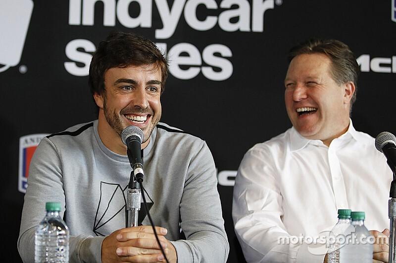 McLaren, Alonso'nun dönüşüne kapıyı kapattı