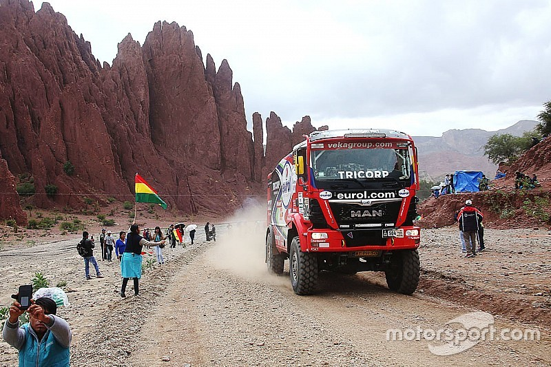 "Trucks champ Stacey slams Dakar 2017 as ""worst ever"""