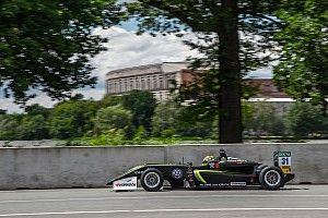 فورمولا 3: نوريس يشقّ طريقه من المركز الخامس ليفوز بالسباق الثاني في نوريسرينغ