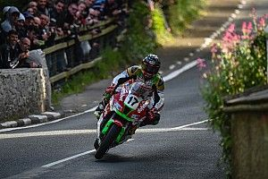 Isle of Man TT: Mercer hospitalised after course car incident