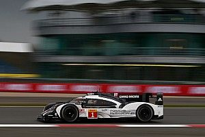 "Hartley insists he took ""normal"" line in backmarker crash"