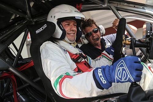 Stefano Accorsi: l'attore diventa pilota e corre con la Peugeot 308GTi