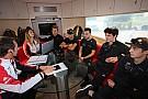 Briefing time per i piloti dello Scholarship Programme