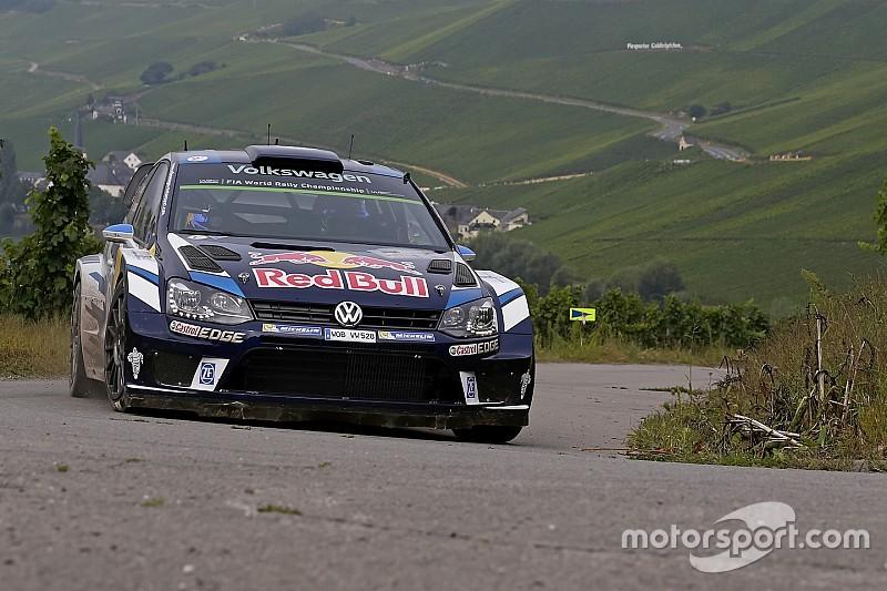 WRC Jerman: Sebuah kecelakaan hentikan reli sementara Ogier ambil alih pimpinan lomba