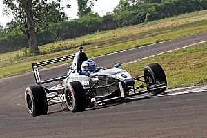 Chennai III MRF F1600: Anand claims Race 1 win in three-way fight