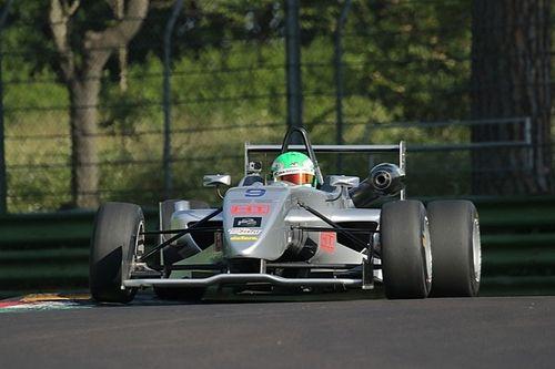 F2 Italian Trophy: a Imola seconda pole stagionale per Andrea Fontana
