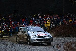 Gronhölm va discuter d'une pige en WRC avec Toyota