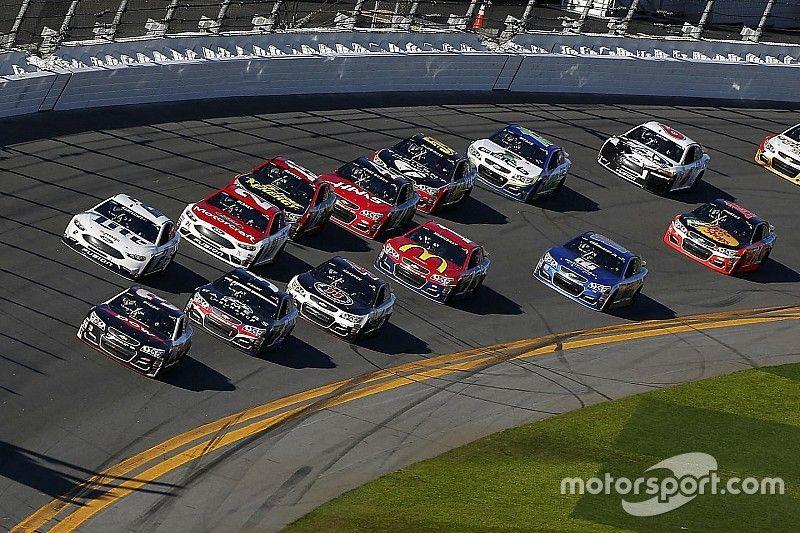 NASCAR-Saisonstart 2017: 42 Einschreibungen für das Daytona 500