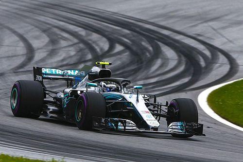 GP d'Austria: Bottas in pole, prima fila tutta Mercedes, Vettel sotto investigazione