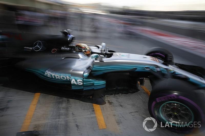 Könnyen vonatozás lehet Abu Dhabiban, pedig Hamilton nem szeretné