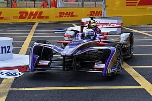 Formule E Résumé de course Course - Bird s'impose malgré une bévue dans les stands!
