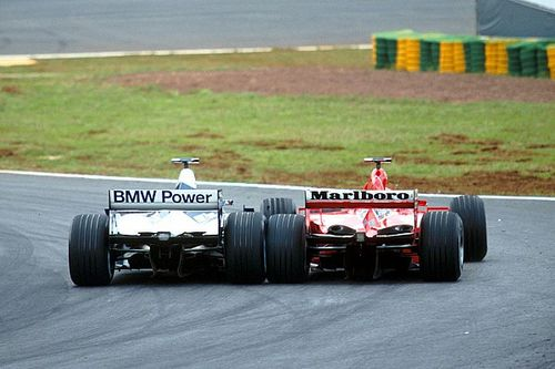 In beeld: Montoya vs Schumacher in Brazilië