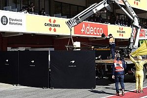 マクラーレン、テスト2日目もトラブル発生。エンジン交換を実施
