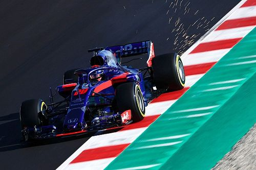 Fotogallery: la Toro Rosso STR13 nei Test 2 di F.1 a Barcellona