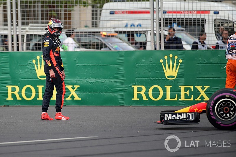 Lauda dice que Verstappen tuvo mayor culpa en el accidente