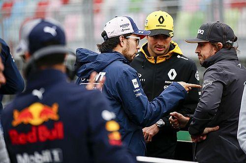 F1当家人旁观车手讨论赛事未来