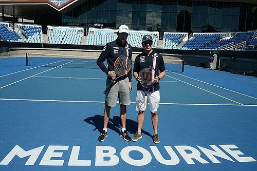 VÍDEO: Pérez e Ocon disputam partida de tênis em Melbourne