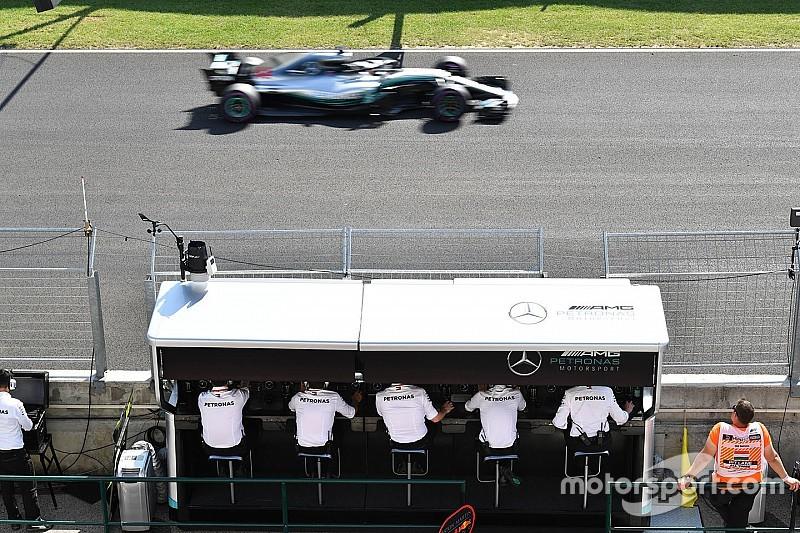 """RÁDIOS DA F1: A """"bebida"""" de Kimi e a discussão de Alonso"""