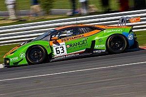 Bortolotti ed Engelhart centrano il successo in Gara 1 al Nurburgring e restano in lotta per il titolo