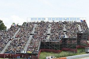 """Montmeló propone: """"Allungare la stagione fino al 2021"""""""
