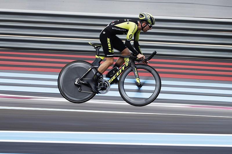 Simon Yates Batte Il Record In Bici Del Paul Ricard Con Tubolari