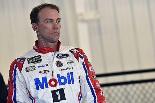 "Kevin Harvick calls out ""piece of crap tires"" after Las Vegas crash"