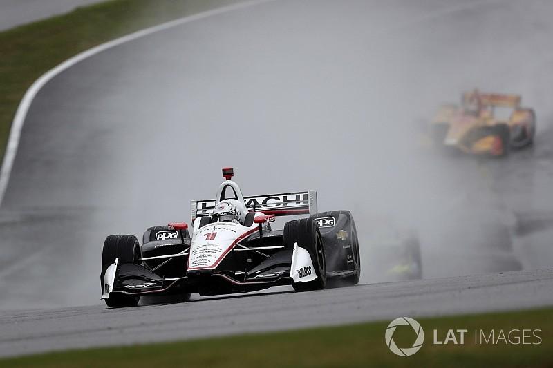 IndyCar Barber: Newgarden domineert race met natte slotfase