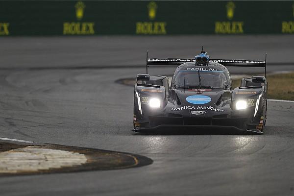 Polesitter Van der Zande valt uit in 24 uur van Daytona