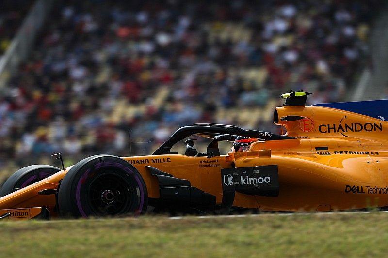مكلارين تُغيّر هيكل سيارة فاندورن بعد ضعف أدائه في سباقين