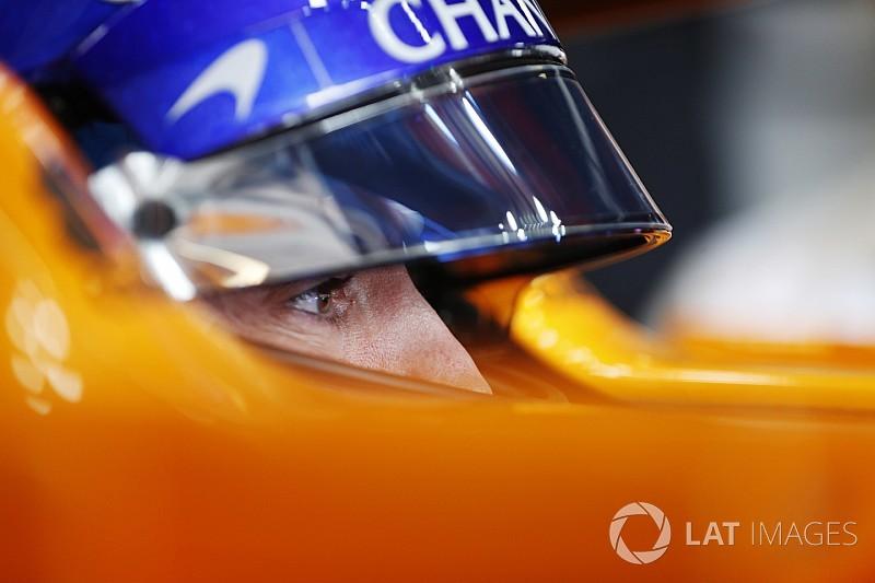 McLaren diz que ainda não fala de renovação com Alonso
