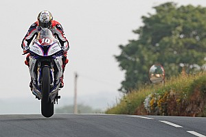 Isle of Man TT: Hickman verpulvert ronderecord in Senior-race