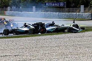Videó: 5 sokkoló jelenet a Spanyol Nagydíjról (Maldonado-győzelem, Hamilton-Rosberg ütközés…)