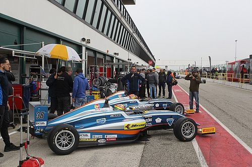 Misano F4: Maini rockets to a top-10 finish in race one