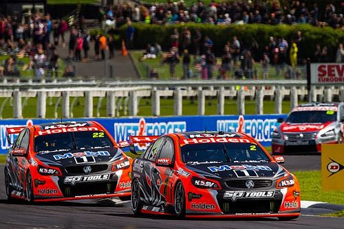 Burgess: Walkinshaw open to manufacturer switch