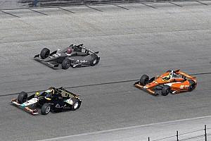 IndyCar-rijders maken zich klaar voor eerste simrace op iRacing